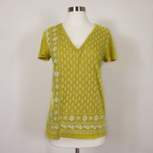 LOFT OUTLET - NWT 100% Cotton Yellow V-neck Top